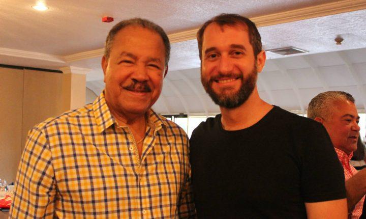 Carlos Sanchez y Don Juan Marichal Sirviendo Esperanza