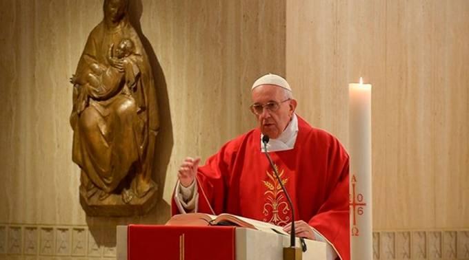 """El Papa advierte a cristianos del peligro de convertirse en """"momias espirituales"""""""