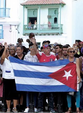 Llega el primer crucero a Cuba