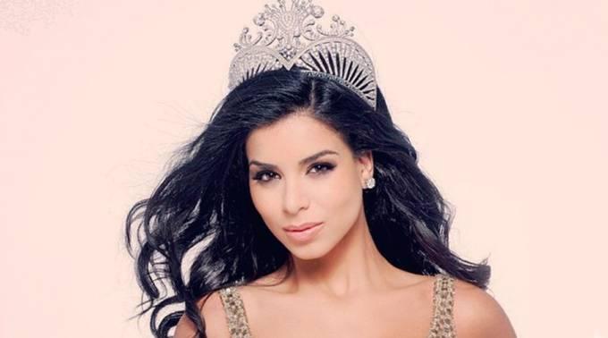 Primera Miss USA musulmana se convierte al cristianismo